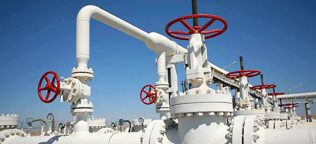 Oil gas processing plant with pipe line valves